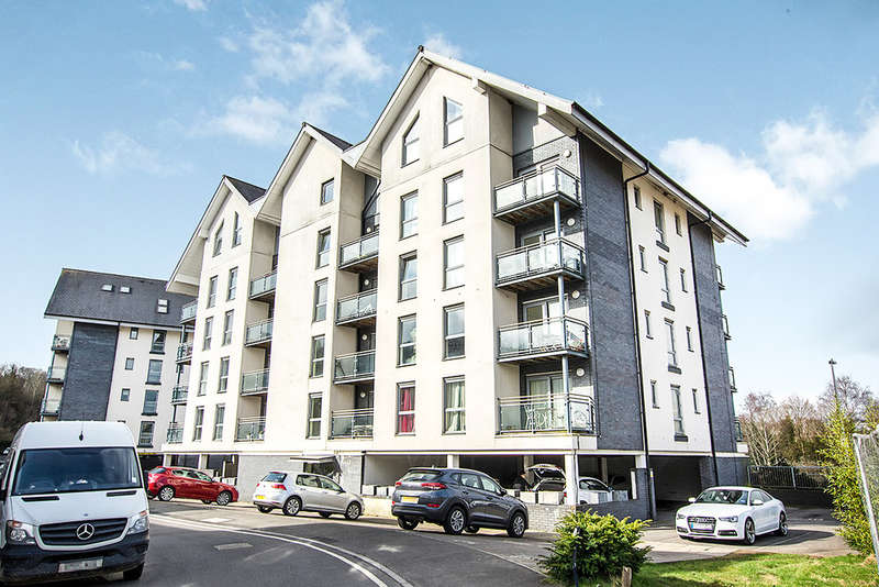 1 Bedroom Apartment Flat for sale in Phoebe Road, Copper Quarter, Swansea
