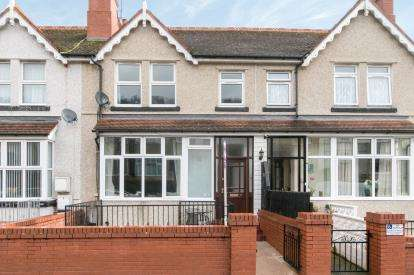 4 Bedrooms Terraced House for sale in Dundonald Road, Colwyn Bay, Conwy, North Wales, LL29