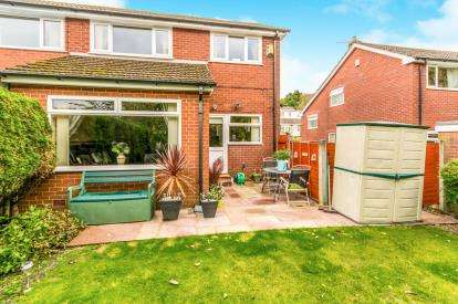 3 Bedrooms Semi Detached House for sale in Marle Avenue, Mossley, Manchester, Greater Manchester