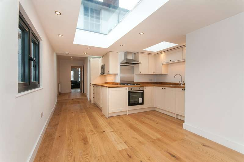 2 Bedrooms House for sale in Arundel Road, Dorking, Surrey, RH4