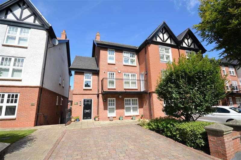 2 Bedrooms Flat for sale in Belvedere Road, Scarborough, YO11 2UU