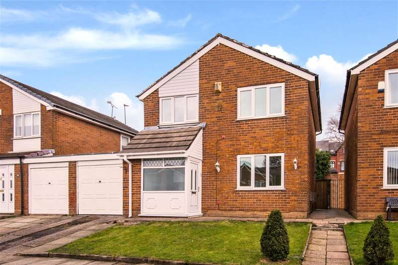 3 Bedrooms Link Detached House for sale in Southdown Drive, Worsley, Manchester, M28 1JG