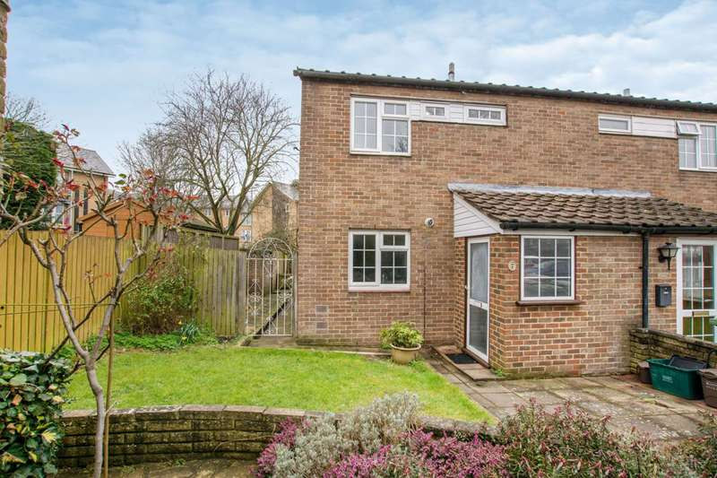 3 Bedrooms End Of Terrace House for sale in Barlow Close, Wallington, SM6
