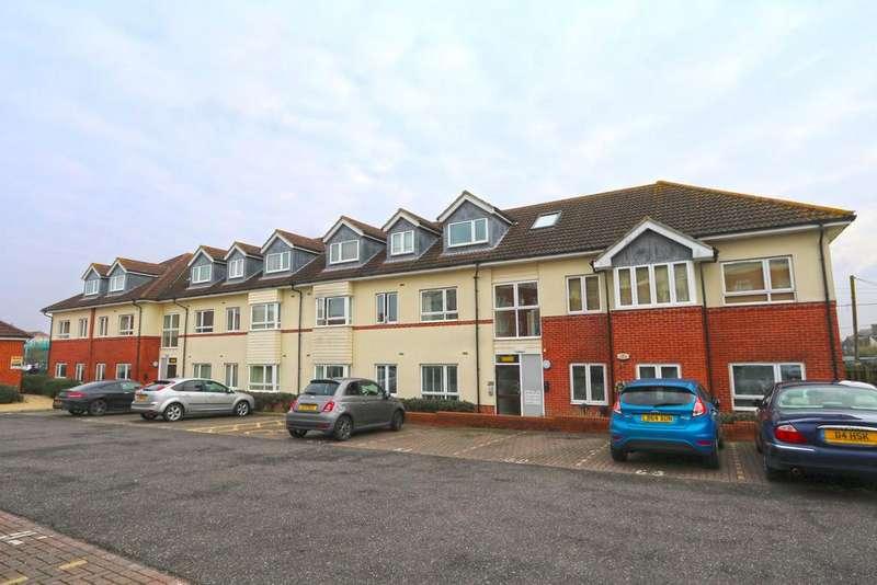 2 Bedrooms Flat for sale in Wilkinson Drop, Oak Road South, Hadleigh SS7
