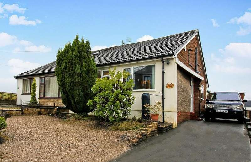 3 Bedrooms Semi Detached Bungalow for sale in Cranberry Lane, Darwen