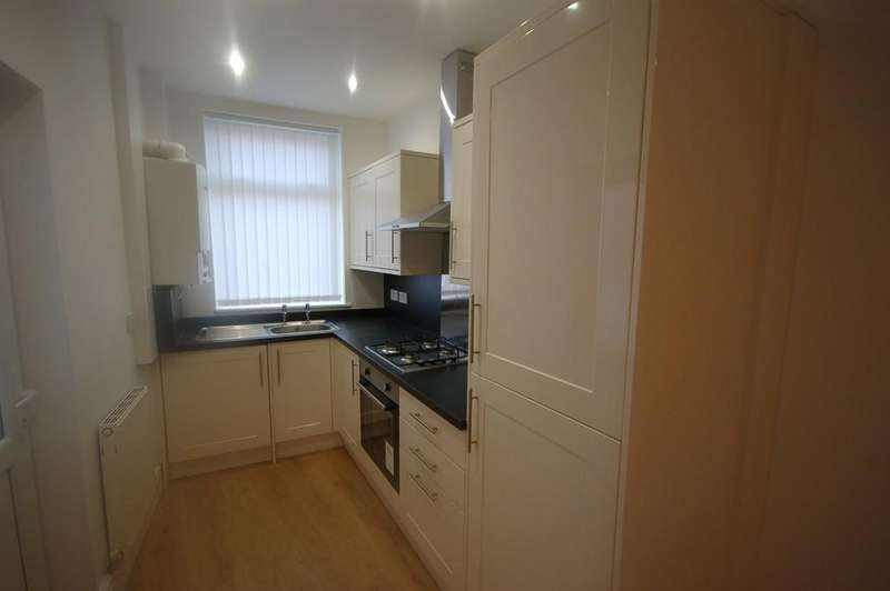 2 Bedrooms Terraced House for sale in Francis Street, Blackburn