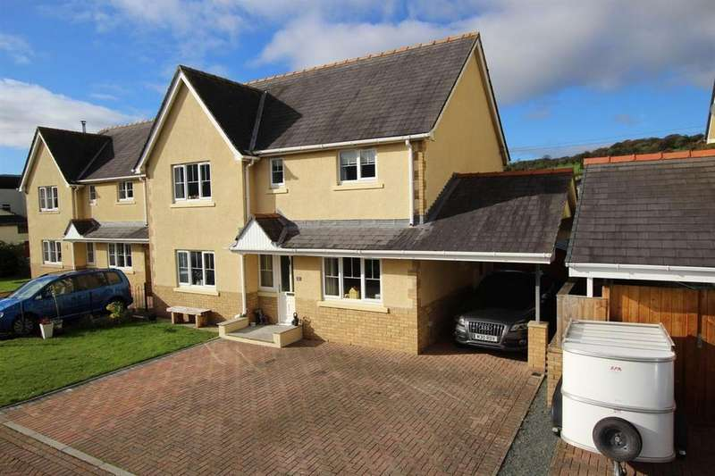 4 Bedrooms Detached House for sale in Mountain View Close, Libanus, Brecon