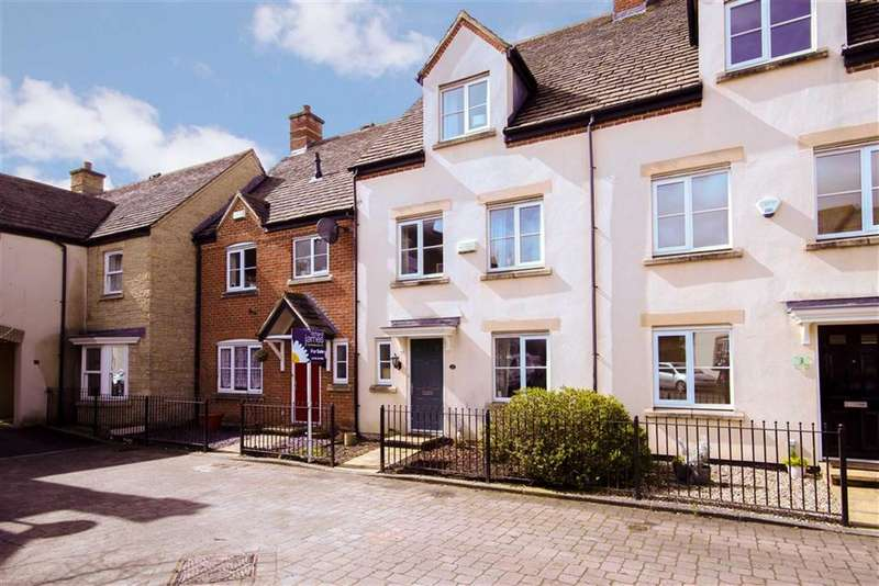 4 Bedrooms Town House for sale in Ironstone Close, Redhouse, Wiltshire