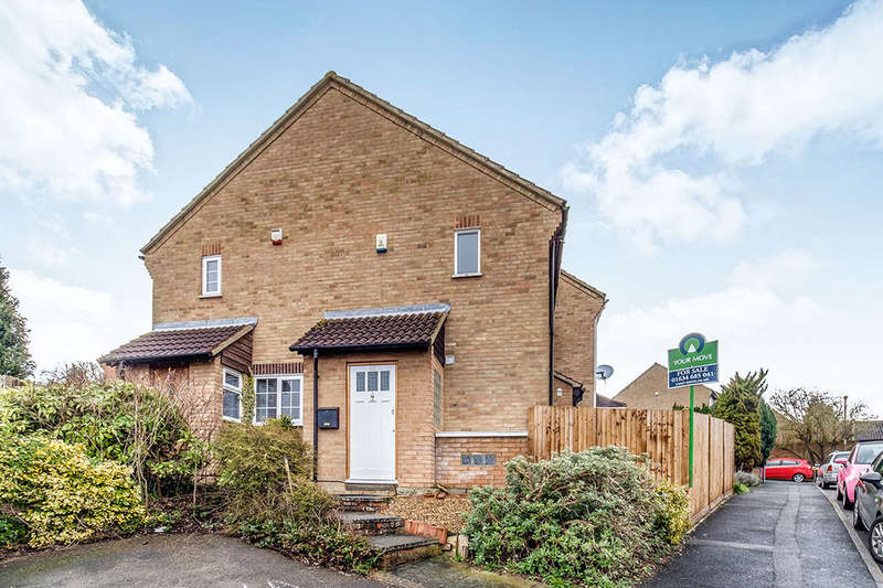 1 Bedroom Property for sale in Charlotte Close, Walderslade, Chatham, ME5