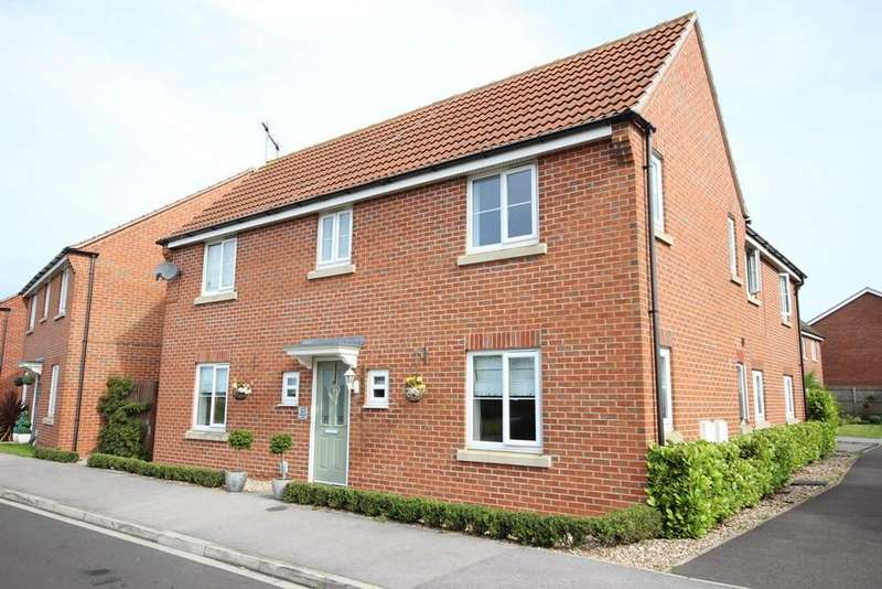 4 Bedrooms Detached House for sale in Kingscroft Drive, Brough