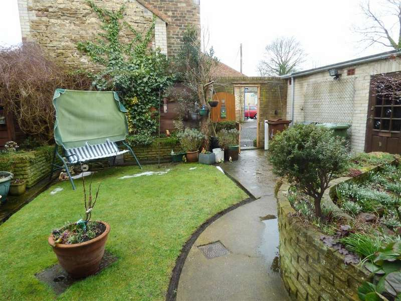 3 Bedrooms Terraced House for sale in Park View, Hetton Le Hole