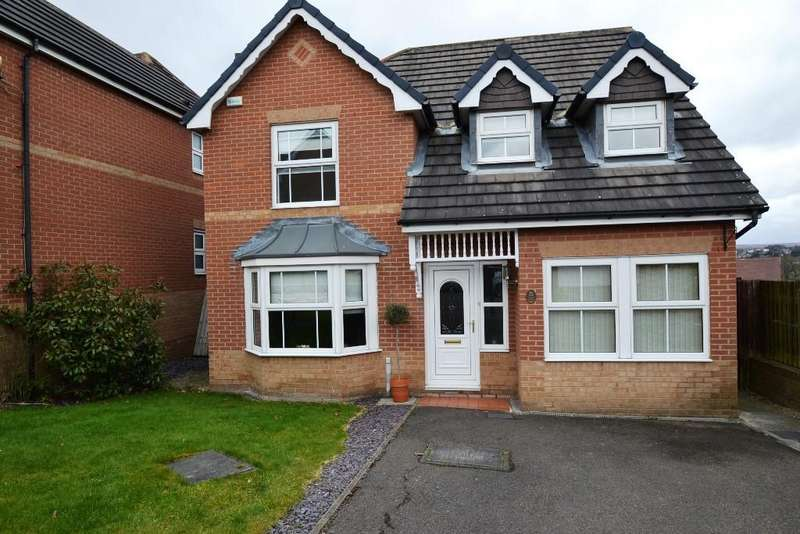 4 Bedrooms Detached House for sale in Near Crook, Thackley,