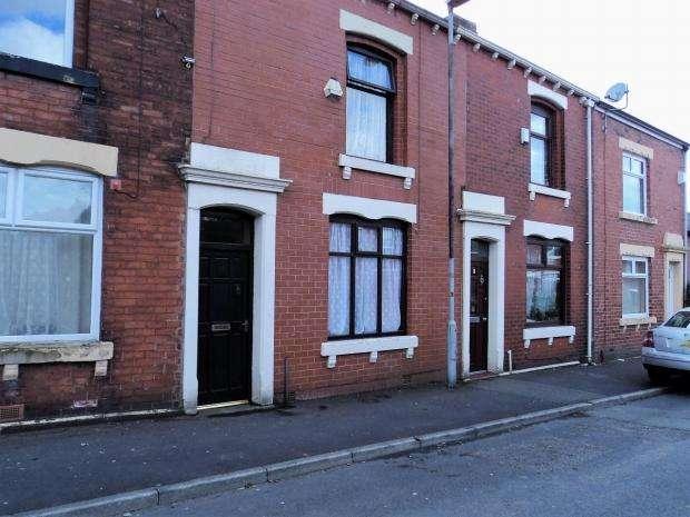2 Bedrooms Terraced House for sale in Exeter Street Blackburn
