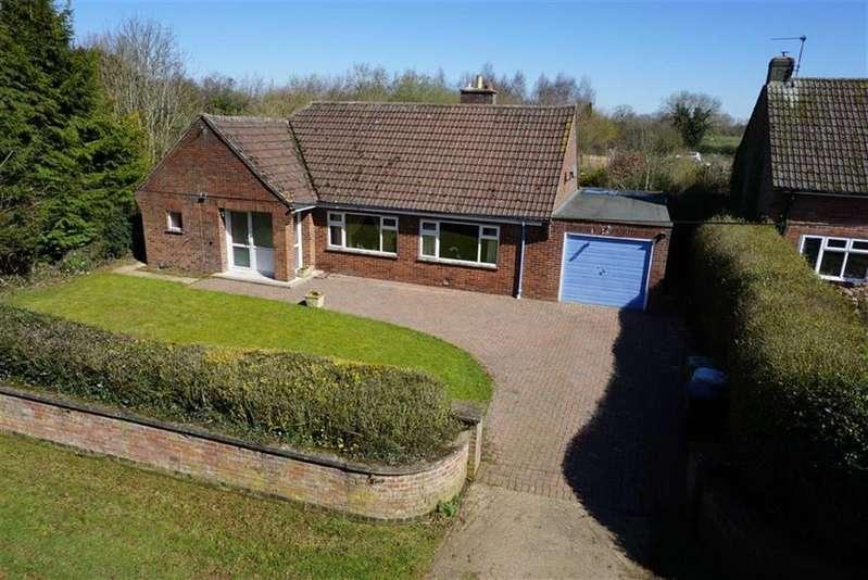 3 Bedrooms Detached Bungalow for sale in Burley Road, Langham, Rutland