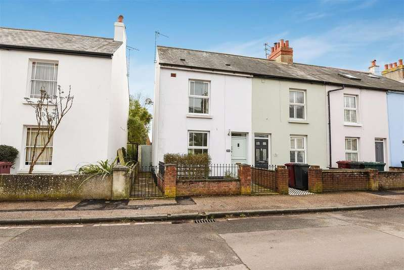 2 Bedrooms End Of Terrace House for sale in Grove Road, Chichester