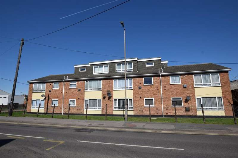 2 Bedrooms Apartment Flat for sale in High Street, Canvey Island