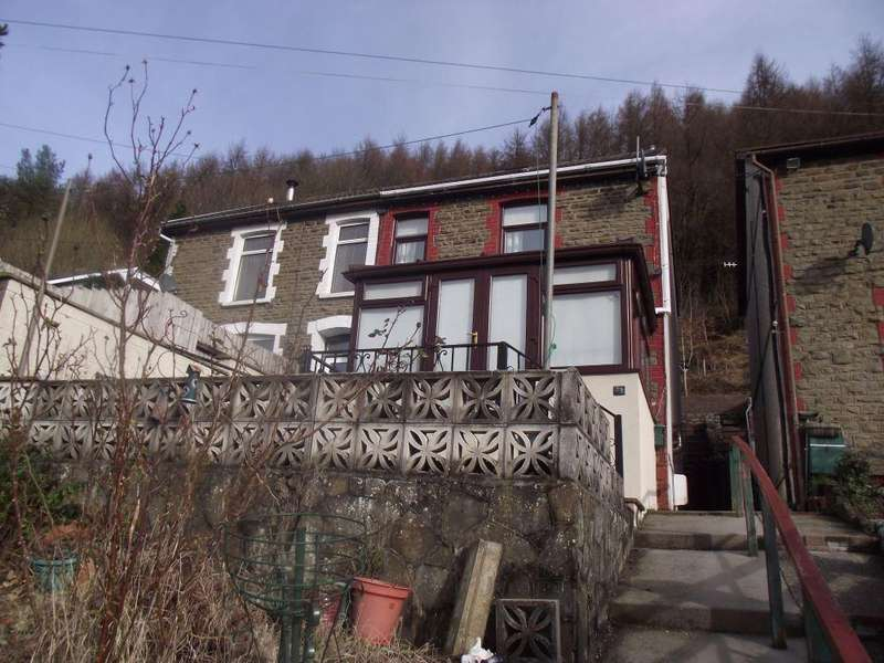3 Bedrooms Semi Detached House for sale in Cefn Road Upper, Deri, Bargoed
