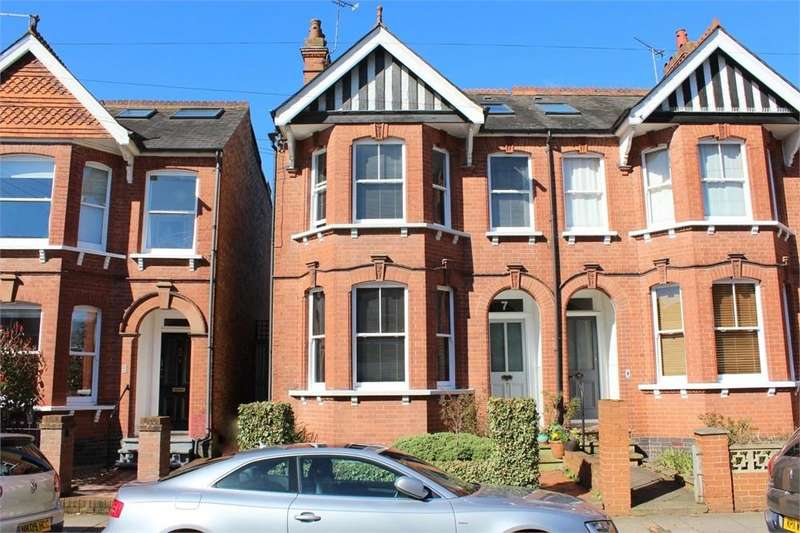 3 Bedrooms Semi Detached House for sale in Blandford Road, ST ALBANS, Hertfordshire