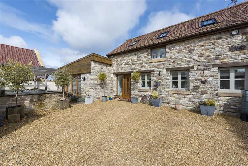 3 Bedrooms Detached House for sale in Siston Hill, Bristol, BS30 5LU