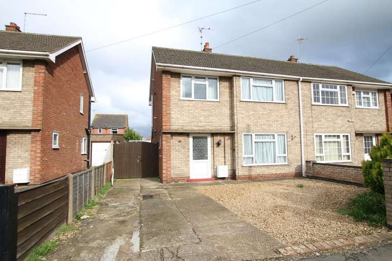 3 Bedrooms Semi Detached House for sale in Low Cross, Whittlesey