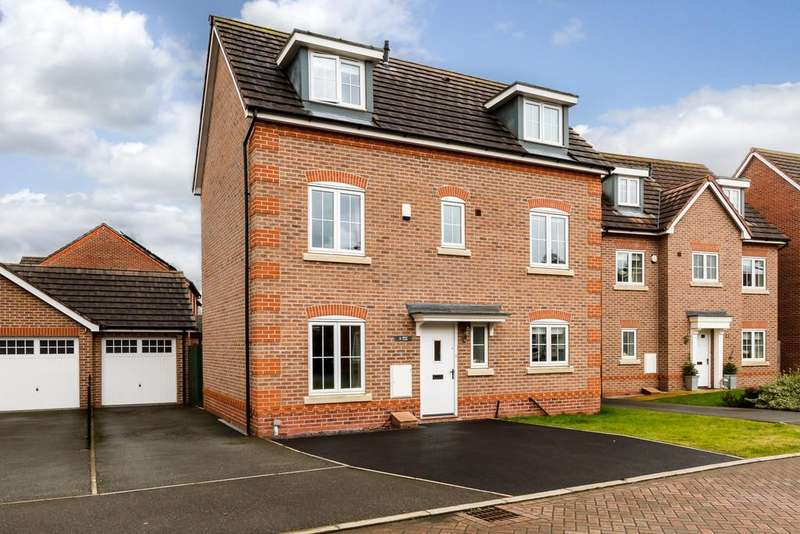 5 Bedrooms Town House for sale in Willaston, Cheshire