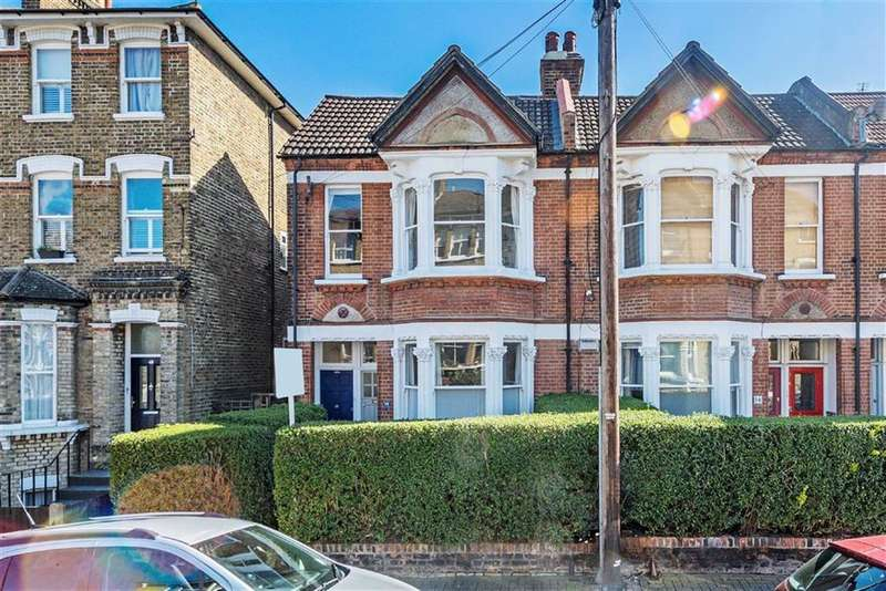 3 Bedrooms Maisonette Flat for sale in Ramsden Road, Balham