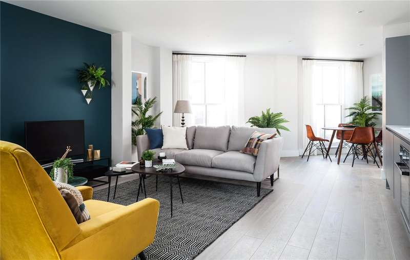 3 Bedrooms Flat for sale in Stamford Road, Dalston, London, N1