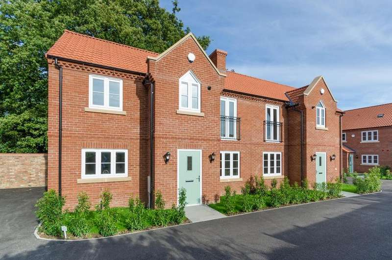 4 Bedrooms Semi Detached House for sale in 1 Shepherds Mews, Easingwold