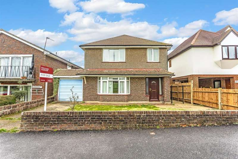 4 Bedrooms Detached House for sale in Netley Close, Cheam, Sutton