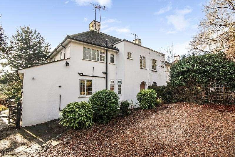 3 Bedrooms Semi Detached House for sale in Epsom Lane North , Tadworth, Surrey. KT20 5ER