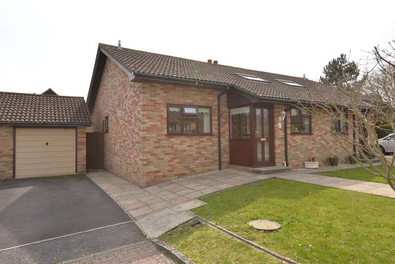 2 Bedrooms Semi Detached Bungalow for sale in Wentwood Gardens, New Milton