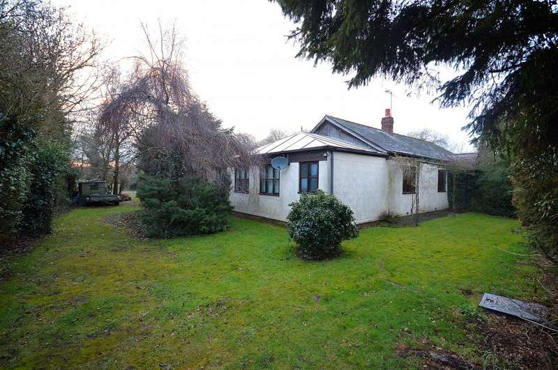 3 Bedrooms Detached Bungalow for sale in Stoney Hills, Burnham-On-Crouch, Essex, CM0
