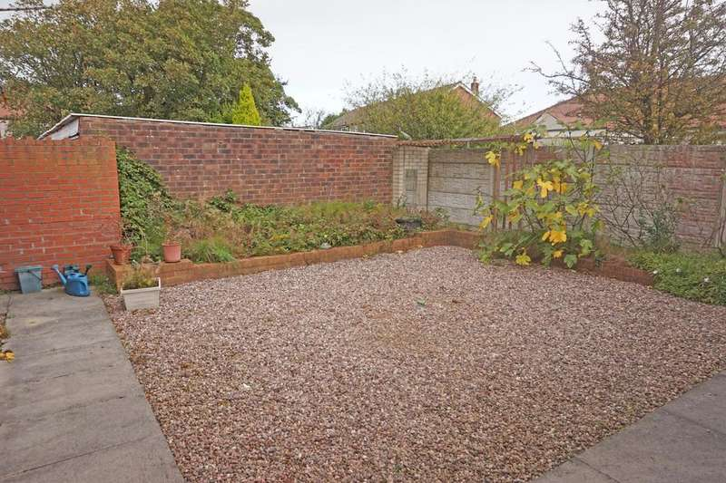 2 Bedrooms Detached Bungalow for sale in Glenmore Avenue Thornton