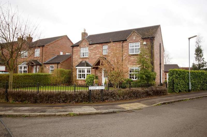 4 Bedrooms Detached House for sale in Manor Way, Dunholme