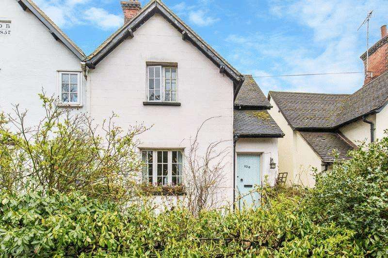 2 Bedrooms Terraced House for sale in High Street, Bletchingley