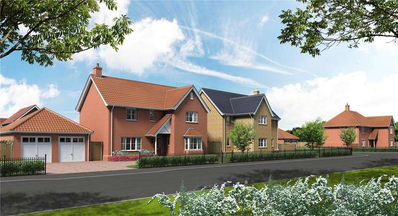 3 Bedrooms Semi Detached House for sale in Newstead Gardens, Yarmouth Road, Blofield, Norwich, NR13