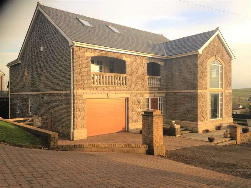 4 Bedrooms Detached House for sale in Cwm Hyfryd Farm, Gilfach Goch, Gilfach Goch, Porth