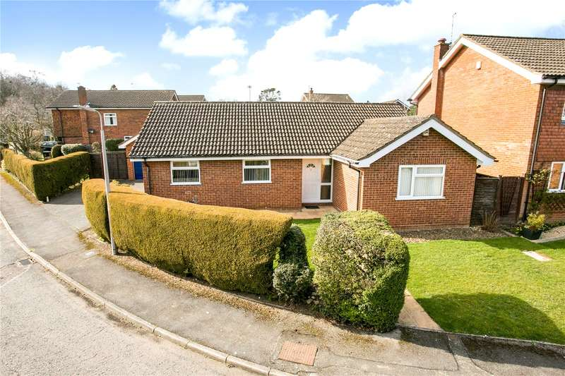 2 Bedrooms Detached Bungalow for sale in Hollybush Lane, Amersham, Buckinghamshire, HP6