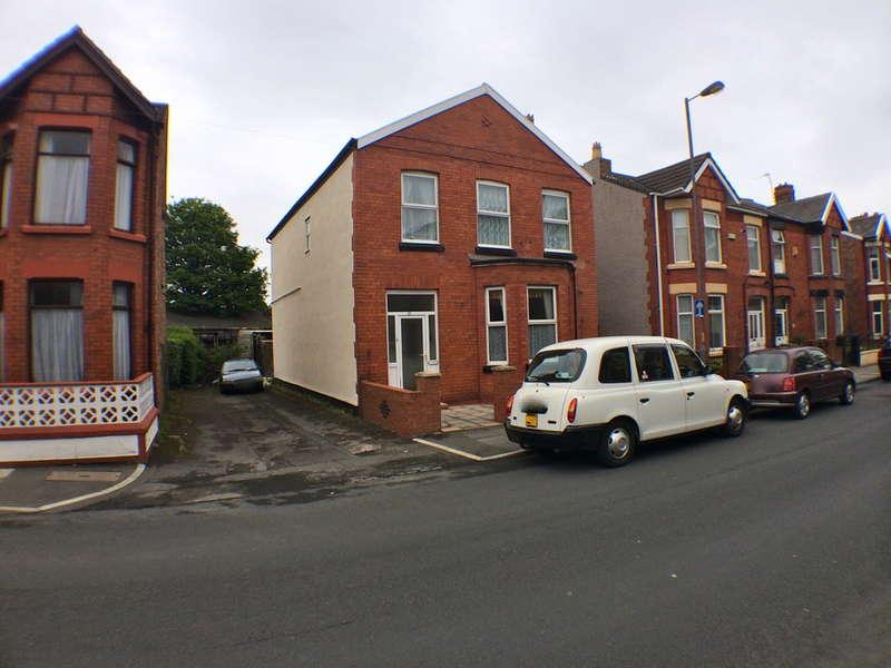 5 Bedrooms Detached House for sale in Sandringham Road, Waterloo, Liverpool, L22
