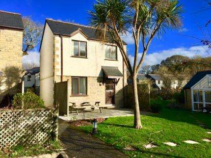 3 Bedrooms Detached House for sale in Goldenbank, Falmouth, Cornwall