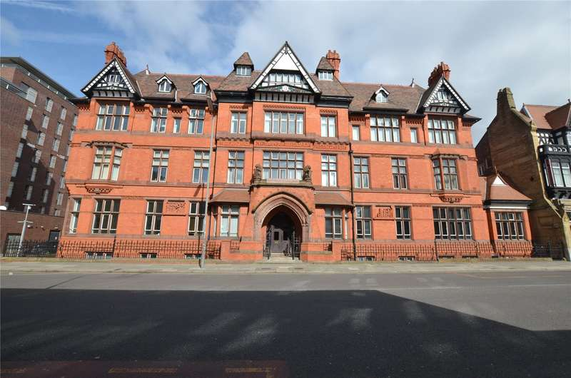 2 Bedrooms Apartment Flat for sale in The Symphony, 2 Stowell Street, Liverpool, L7