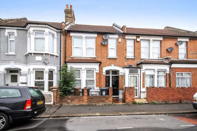 2 Bedrooms Apartment Flat for sale in Pearcroft Road, Leytonstone E11
