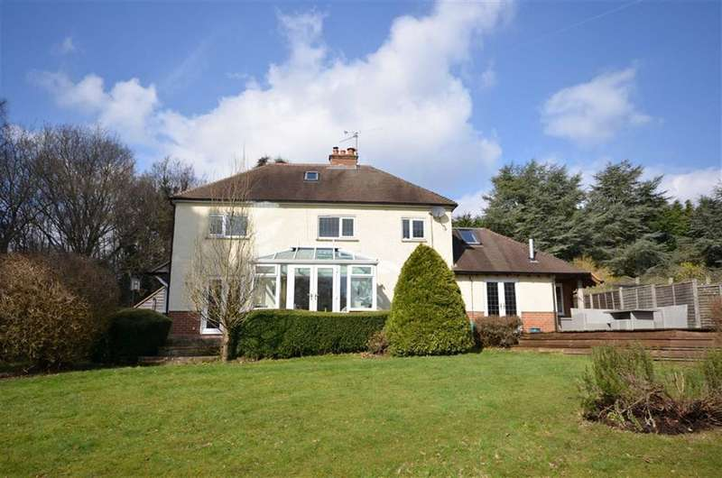 5 Bedrooms Detached House for sale in Echo Barn Lane, Farnham
