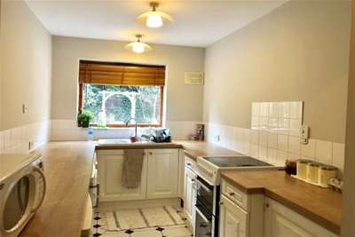 2 Bedrooms House for rent in Clumber Road East, The Park, NG7 1BD