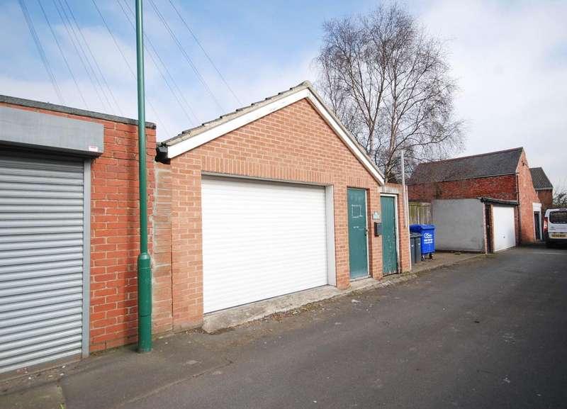 Garages Garage / Parking for rent in Station Terrace, East Boldon