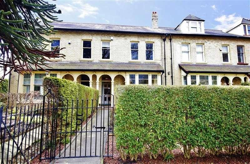 4 Bedrooms Terraced House for sale in Valebrooke Gardens, Ashbrooke, Sunderland, SR2