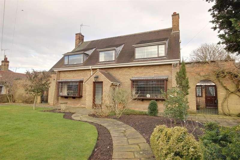 3 Bedrooms Detached House for sale in Baynard Avenue, Cottingham