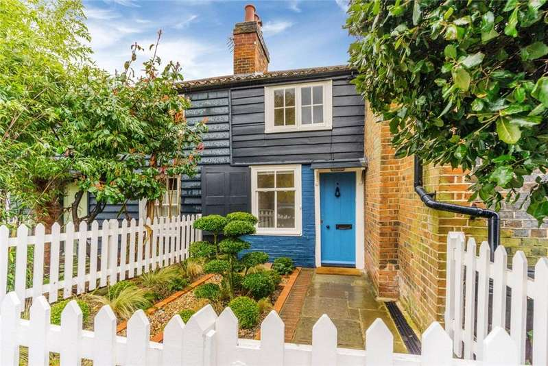 2 Bedrooms Terraced House for sale in Pond Cottages, College Road, Dulwich Village, London, SE21