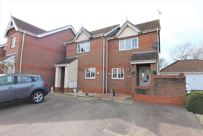 2 Bedrooms Semi Detached House for sale in Mocatta Way, Burgess Hill