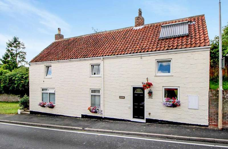 4 Bedrooms House for sale in Scarborough Road, Langtoft, Driffield